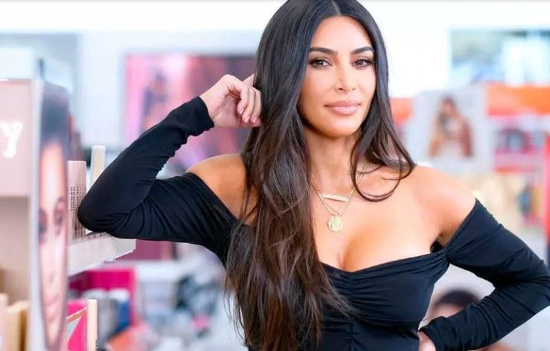 Ким Кардашиян официално е милиардер