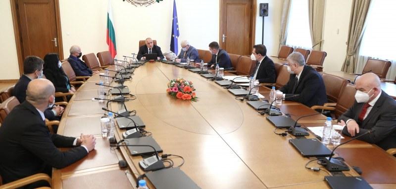 Премиерът Борисов: С близо 10 млн. лв. продължаваме да подпомагаме общини в страната