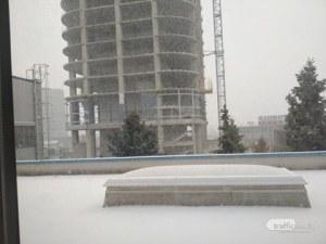 Зимата се завръща? Сняг вали в София, жълт код за опасно време в почти цялата страна