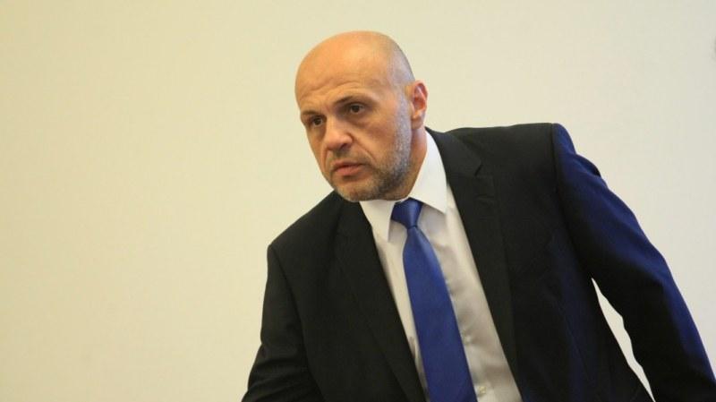 Томислав Дончев: Времето за приказки свърши, да направят правителство и да управляват