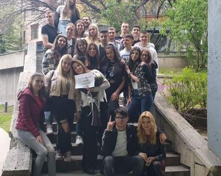 Трогателна изненада: Пловдивски ученици посветиха филм на своята класна