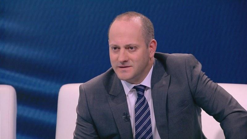 Радан Кънев към ЕНП: Не ни занимавайте с призиви за коалиция между Демократична България и ГЕРБ