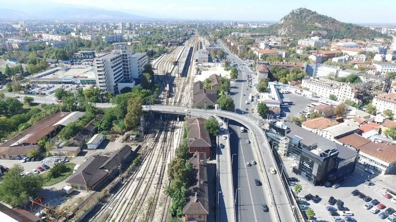Времето в Пловдив: Хладно за средата на април, температурите стигат до 15 градуса