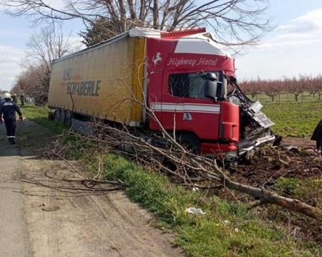 Жена е загинала при автомелето край Бургас, четирима души са ранени