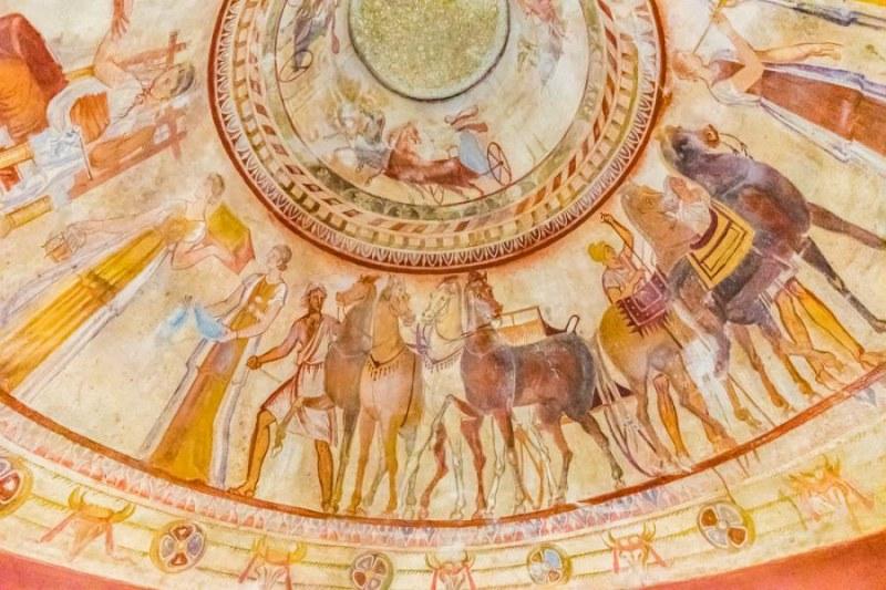 На този ден: Открита е Казанлъшката гробница