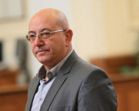 """Емил Димитров: Отделянето на ВМРО от Патриотите им """"изяде главата"""""""