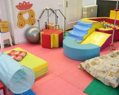 Отварят детските центрове, разрешават конгресите