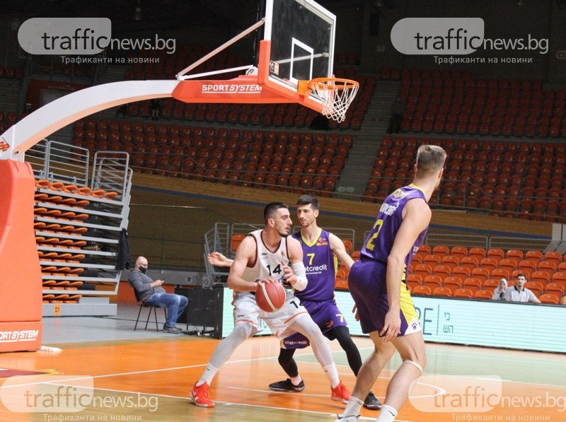 Академик ще играе с Черноморец в плейофите в НБЛ