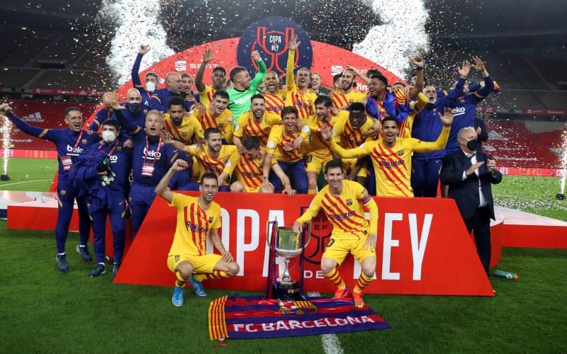 Барса вдигна Купата на Краля след категоричен успех над Билбао