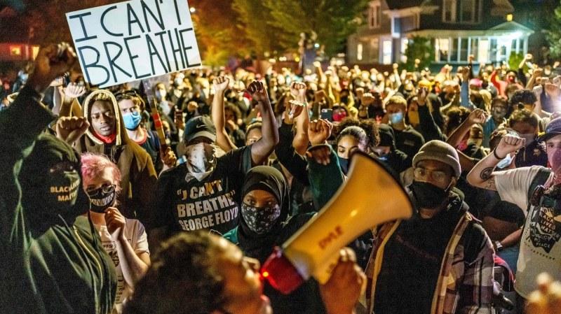 Поредна вечер на протести в Минеаполис, заради убит чернокож от полицайка