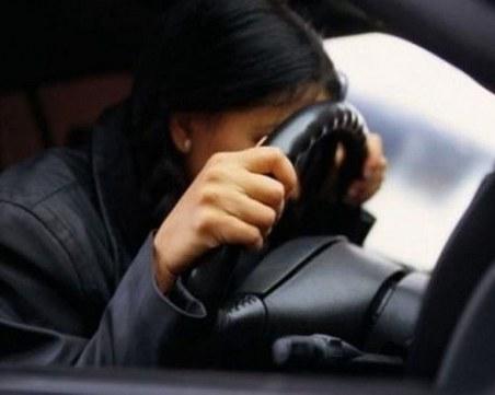 Надрусана шофьорка се блъсна на пътя Доспат-Батак