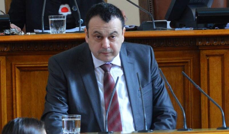 ДПС: Диалог между партиите няма, това ще доведе до служебно правителство