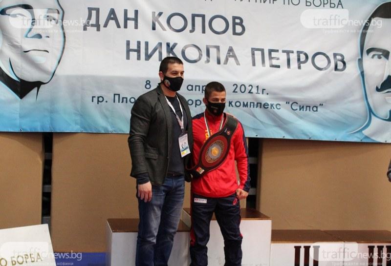 Микяй Наим може да спечели първи медал за България на европейското по борба