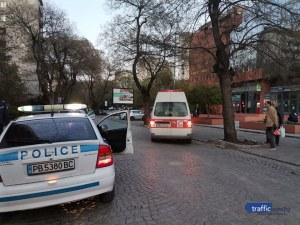 Тежък инцидент в Пловдив: Мъж пострада след сблъсък с мотор