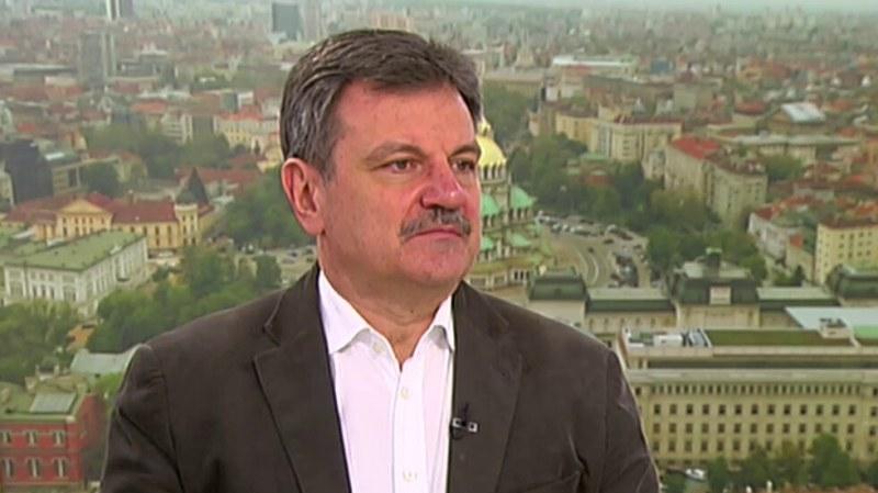 Д-р Александър Симидчиев: Трудно да се предположи дали ще има нова вълна на COVID-19