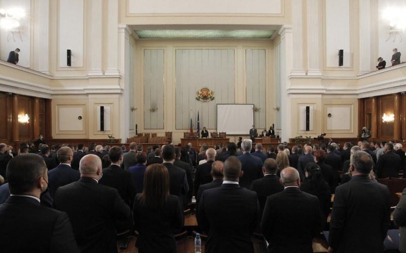 Наложиха мораториум върху решенията на Министерски съвет