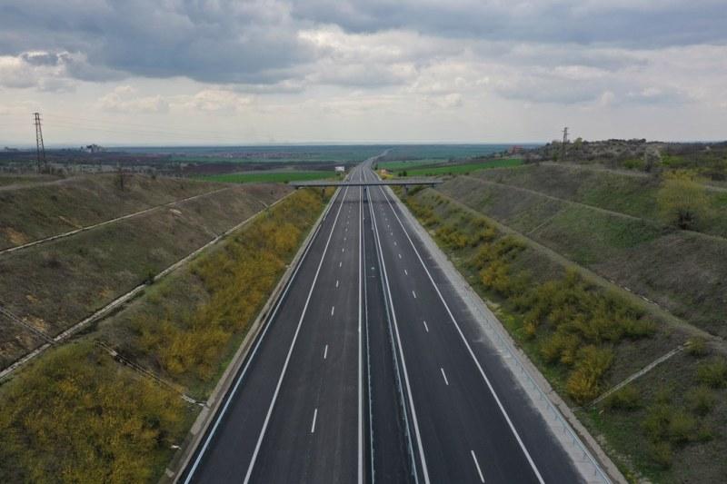 "Пускат движението в ремонтирания 10 км участък от АМ ""Тракия"