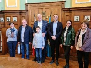 9-годишният талант Борис Дюлгеров се среща с виртуоза Ричард Клайдерман в Пловдив