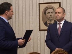 Митов върна мандата на Румен Радев и заяви, че ДБ и ИТН са постъпили арогантно и безотговорно