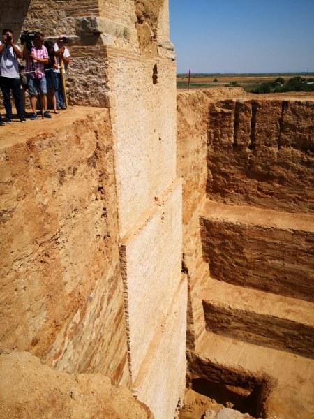 35-метровият монумент на Малтепе става топ атракция за туристите