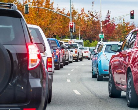200 хиляди автомобила напускат София в навечерието на празниците