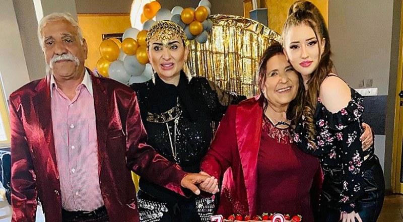 Софи Маринова вдигна пищен купон за юбилея на майка си