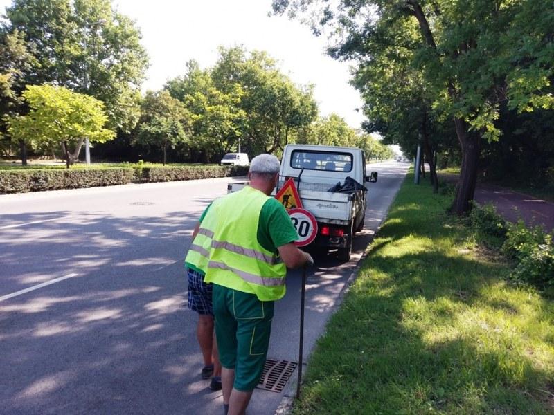 Чистят шахтите в Пловдив през двата работни дни