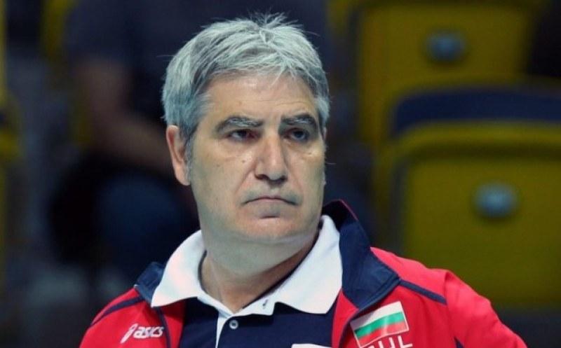 Камило Плачи пое волейболния шампион Хебър