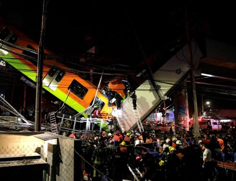Надлез рухна Мексико Сити, 13 са загинали и 70 ранени