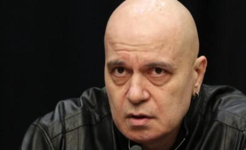 Слави Трифонов след гласуването на партийните субсидии: Когато става дума за пари, всички са заедно