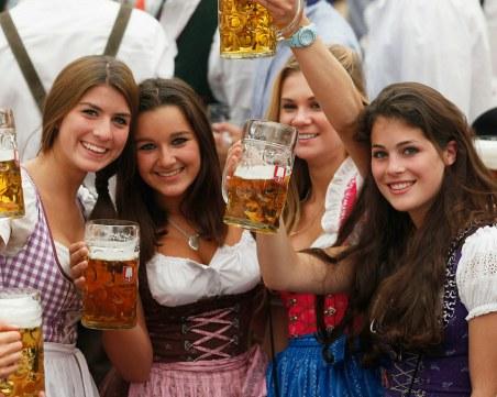 Отмениха ограничения за ваксинирани и преболедували в Германия