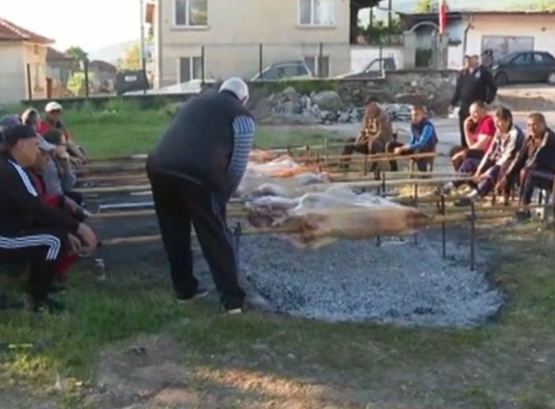 Стотици чевермета се въртят днес в пазарджишкото село Паталеница