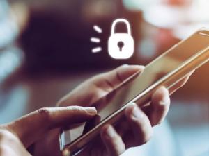 Европейците масово оставят личните си данни незащитени, когато използват смартфоните си
