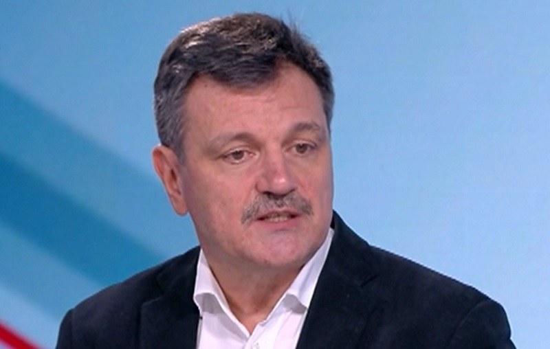 Д-р Симидчиев: Трябва да имаме устойчиво поведение срещу COVID-19