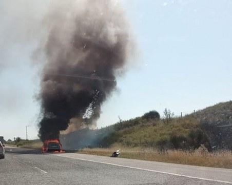 Кола изгоря близо до Ябланица