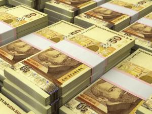 Колко българи имат кредити за милиони?