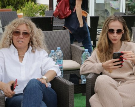 Григор Димитров запозна Лолита с родителите си