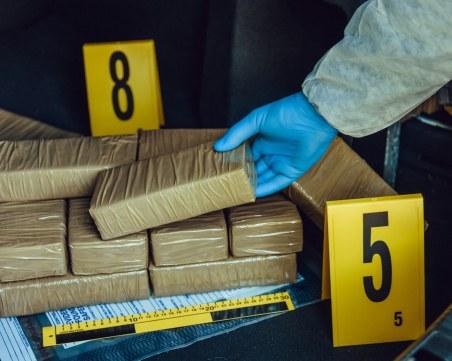 Заловиха 2,2 тона кокаин, транспортиран от албанското пристанище Дуръс