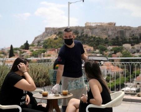 Въвеждан локални локдауни в Гърция, ако пламне огнище