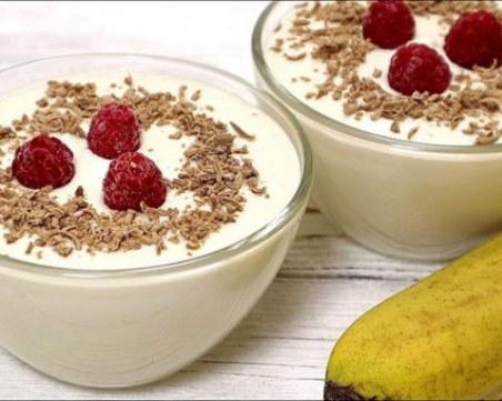 Вкусен и кремообразен десерт със сирене и банани