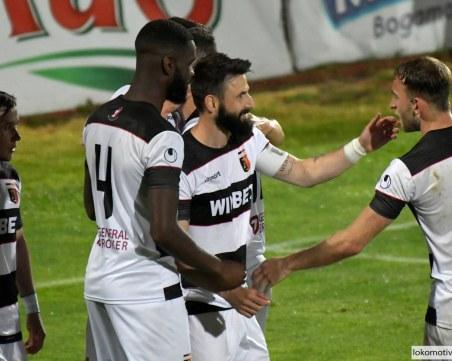 Зрелищно 3:3 в последния мач за сезона на Локомотив
