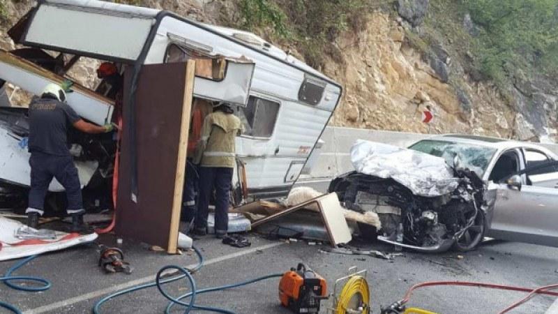 Шофьорът, убил в катастрофа двама рибари, застава пред съда
