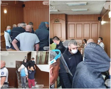 Осъдиха сина на Катя Лерца и приятелите му, похитили и били мъж в Пловдив