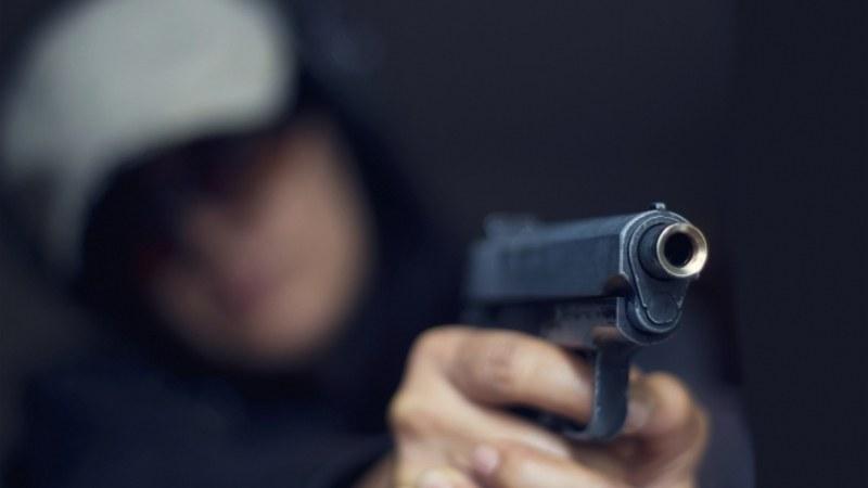 Въоръжен обир в Разлог, полицията блокира изходите