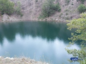 Мраморното езеро - изумрудена прелест на час път от Пловдив