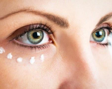 Съвети и трикове за красота: Как да забавим появата на бръчки около очите?