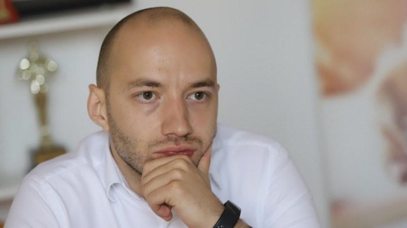 """Димитър Ганев: Виждат се сериозни пробойни в организацията на изборите, въпреки сюжета за """"изчергътване"""""""