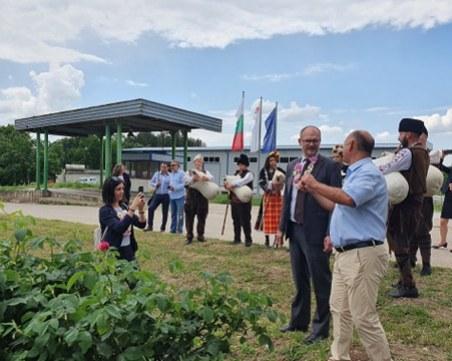 Посланикът на Дания видя розобера в Брезовско