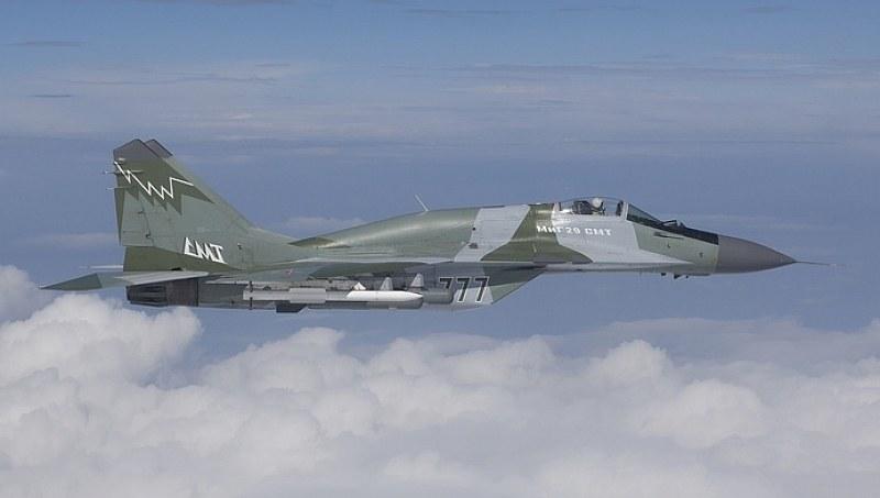 Ген. Спасов: Пилотите имат много малко часове във въздуха, това е имитация на бойна способност