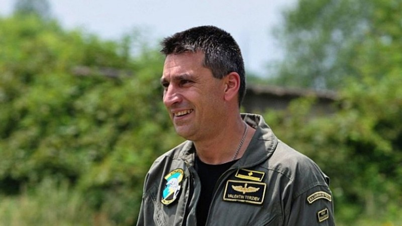 Продължава издирването на изчезналия пилот Валентин Терзиев